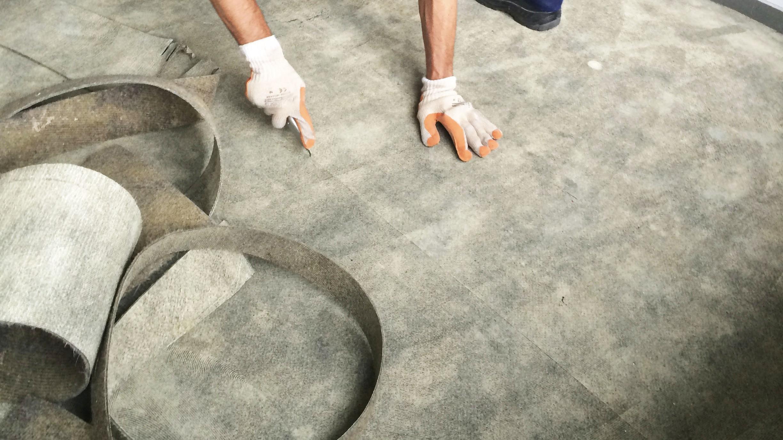 Tapijt Laten Leggen : Vloegbedekking leggen tapijt leggen mijnkluswijzer